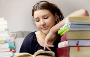 ¿Tu hijo no consigue retener en su mente lo que lee? Con estos 4 consejos de comprensión lectora no le volverá a ocurrir nunca más